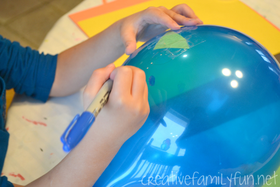Make your own version of the balloon puppets in the Macy's Thanksgiving Day Parade inspired by the book Balloons Over Broadway.