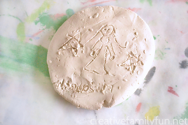Learn about the history of Bahrain with a fun clay art project. Make clay seals inspired by an archaeological find from the Dilmun era.