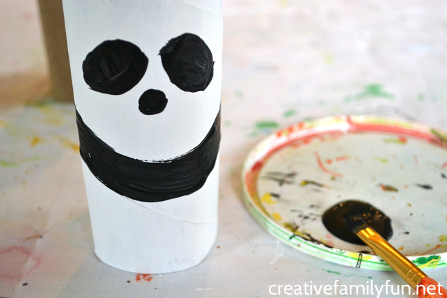 Create a pretend play zoo and add this simple cardboard tube panda craft. It's a simple and fun craft for kids that makes use of recycled materials.