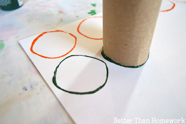 Get a little creative and turn your reading practice with a craft project when you make these cardboard tube stamped Sight Word Banners. It's fun to make and would make a fun display at home or in the classroom.