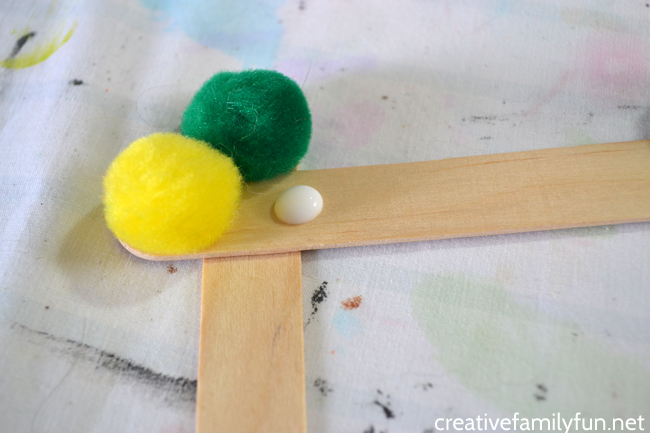 Pompom Picture Frame Craft Creative Family Fun