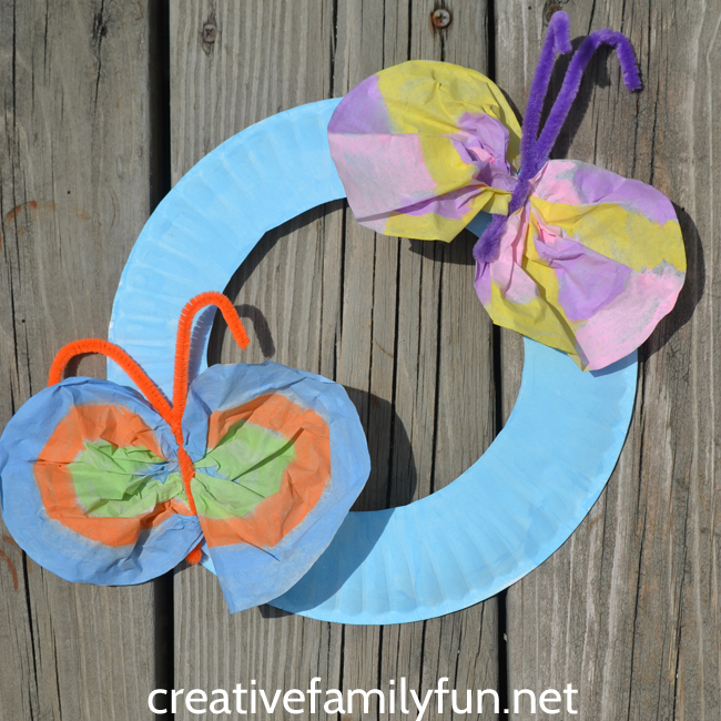 Create a pretty paper plate butterfly wreath with simple supplies. This is perfect for a preschool springtime unit or letter B unit.