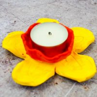 DIY Daffodil Clay Pots or Candle Holders 14