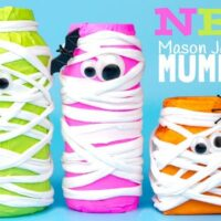HALLOWEEN MUMMY MASON JAR CRAFT